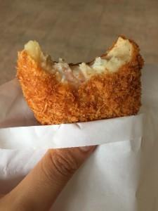Komachiトラベル:近江町市場の肉コロッケ3