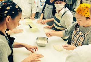 【スクールレポート】長岡で初開催!外カリ中ふわフランスパン教室
